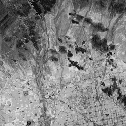 aerial view of Phoenix, Arizona showing near infrared data collected by Landsat 5
